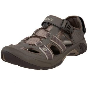 2d90c66f93cf Best Walking Sandals for Men - 2019 Reviews