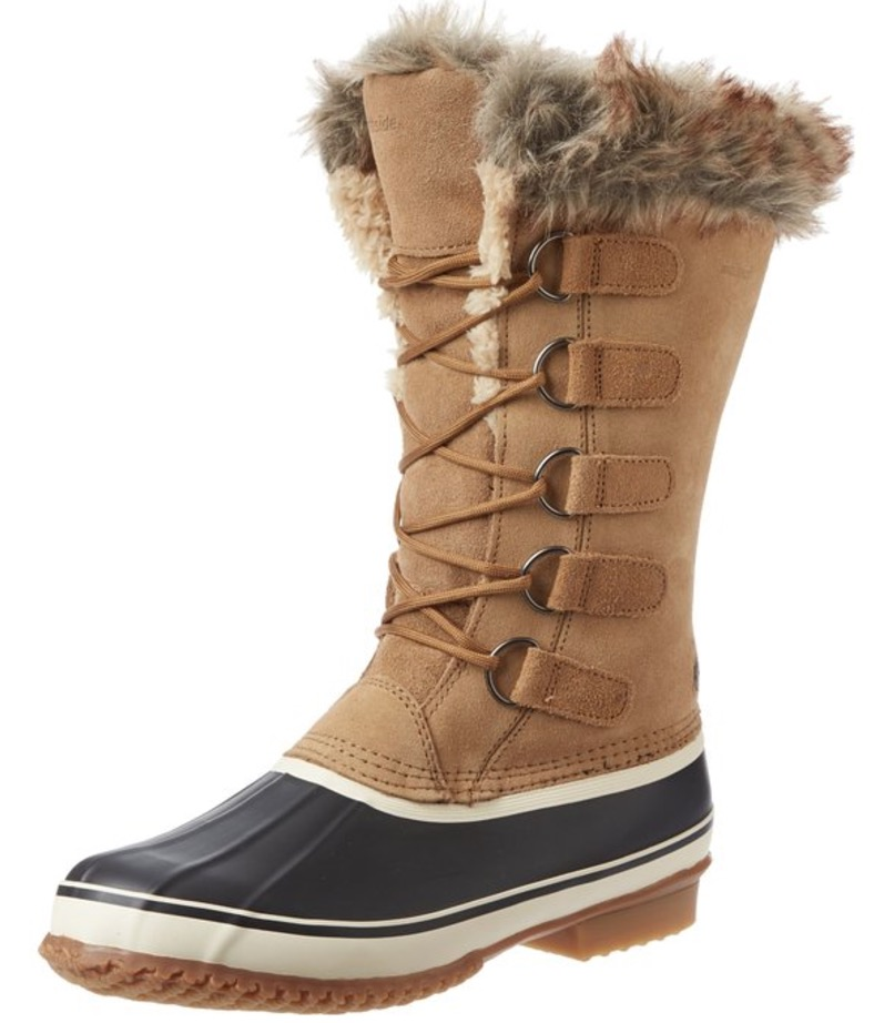 We Review 5 Of The Best Women's Snow Boots With Faux Fur