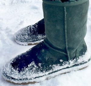 best boots for walking on ice