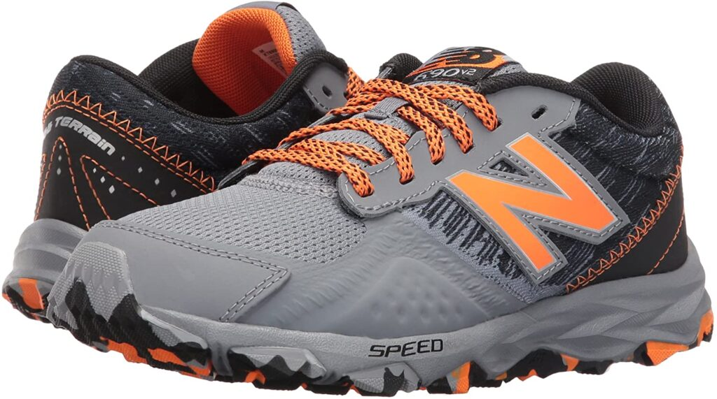 New Balance Men's 690v2 Trail Running Shoe 1
