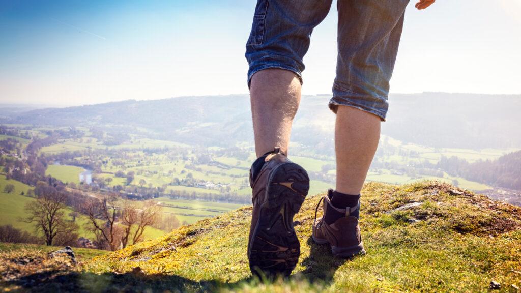 2a26ed5a Best Walking Shoes For Men - 2019 Reviews