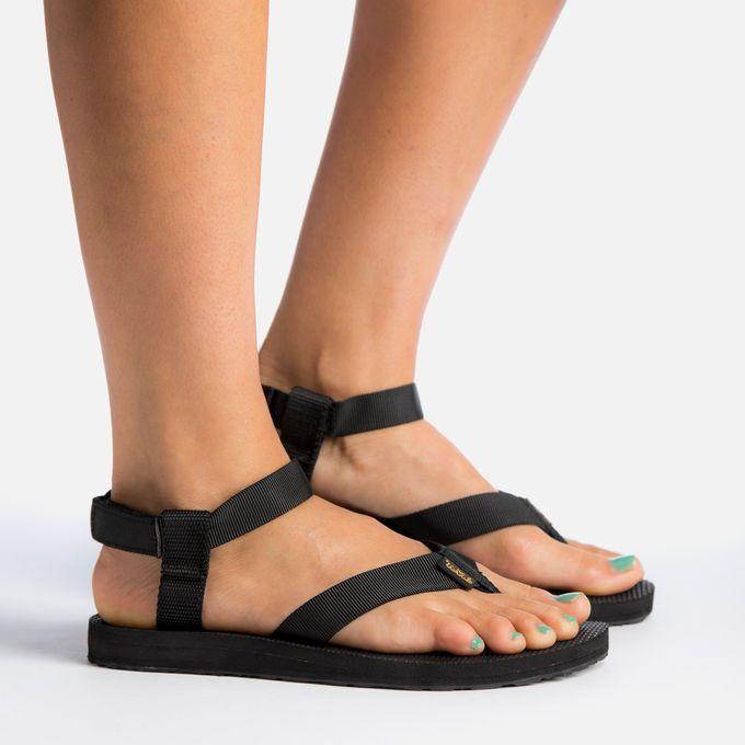 teva water sandal