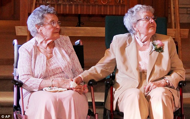 old lesbian couple